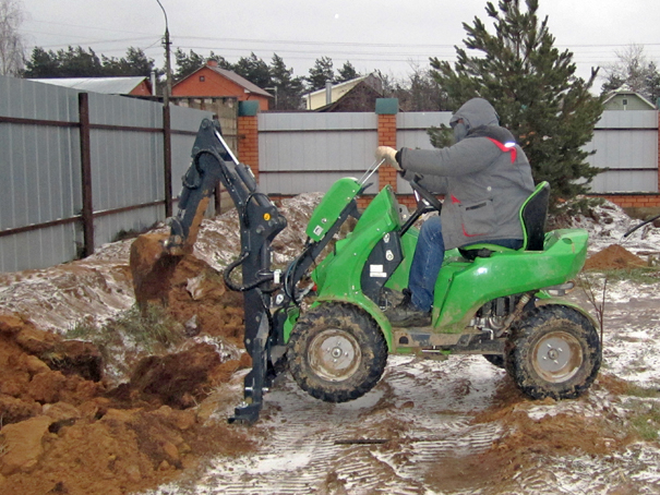 Трактор для дачи своими руками 595